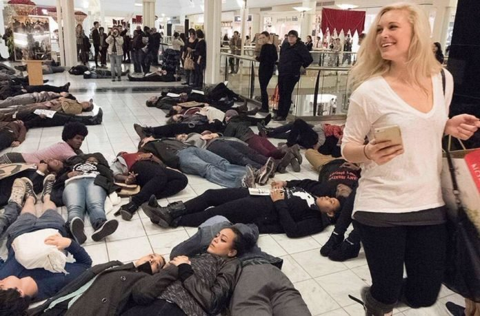 Mall of America Black Lives Matter